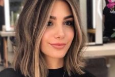 20 shoulder-length brunette hair with some sunkissed touches and light waves is a lovely idea for summer