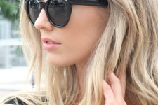 25 long blonde hair with sunkissed touches and a texture looks very summer and beach-like