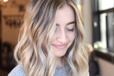 28 lovely sunkissed blonde with waves and a slightly darker root is a very refreshing solution for summer