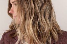 30 sunkissed blonde hair with a darker root and slight waves is a lovely idea for a summer and doesn't require maintenance