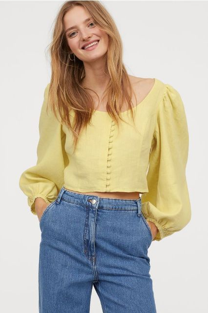 With classic loose jeans
