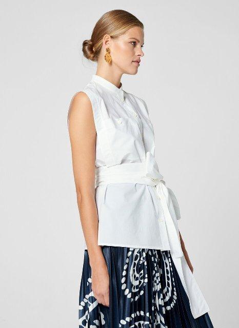 With printed pleated midi skirt