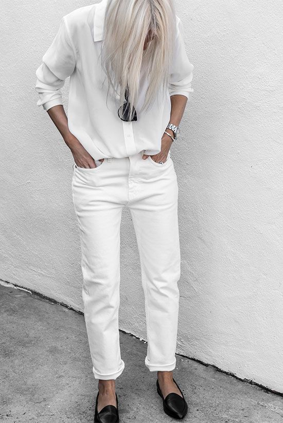 a white shirt, white jeans, black flats and sunglasses for a chic and timeless summer minimalist look