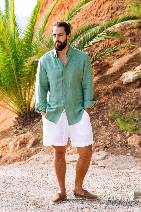 an oversized green linen shirt, white linen shorts, brown moccasins are all you need for a hot summer day