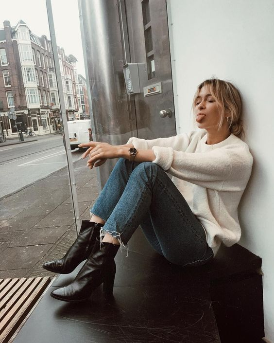 a soft white sweater, blue cropped slim leg jeans, black heeled boots for the fall