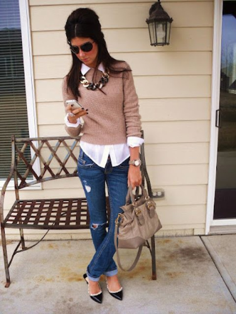 With distressed jeans, bag, black and white shoes, necklace and sunglasses
