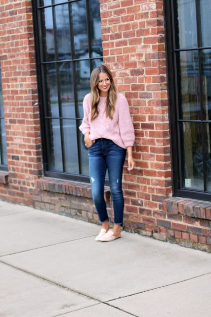 With navy blue cropped jeans and beige flat mules