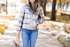 With white hat, skinny jeans, printed tote bag and brown high boots