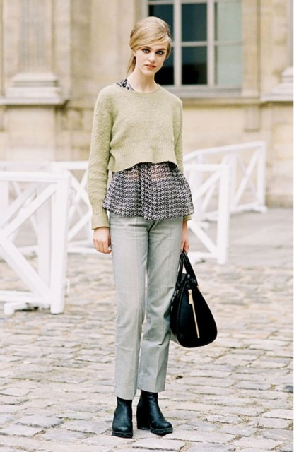 Picture Of Cropped Sweaters That You Can Wear Today 9