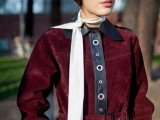 21 Skinny Scarf Ideas To Rock This Fall10