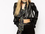 21 Skinny Scarf Ideas To Rock This Fall7