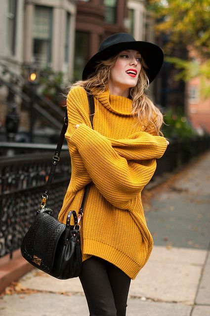21 Trendy Fall Outfits With Wide Brim Hats