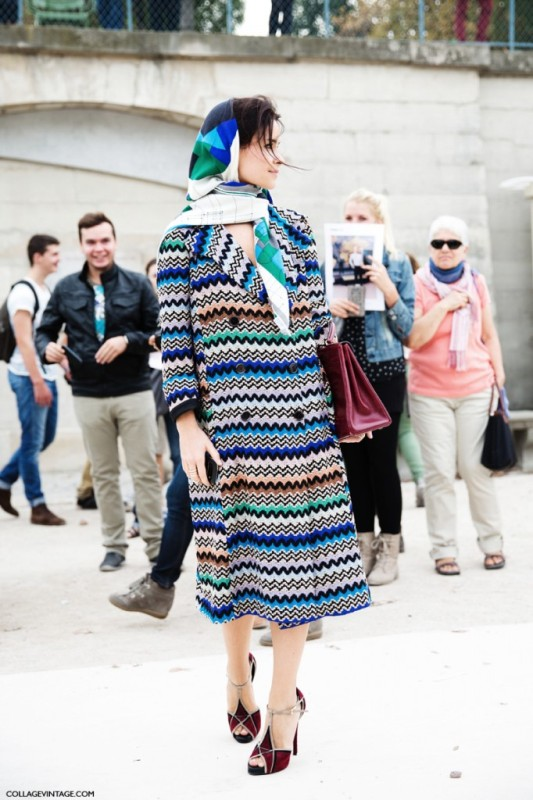 Picture Of cool ways of wearing a bright coat this winter  11