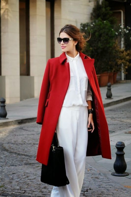 Picture Of cool ways of wearing a bright coat this winter  13