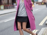 21-cool-ways-of-wearing-a-bright-coat-this-winter-14