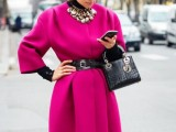 21-cool-ways-of-wearing-a-bright-coat-this-winter-2