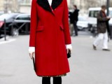21-cool-ways-of-wearing-a-bright-coat-this-winter-21