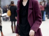 21-cool-ways-of-wearing-a-bright-coat-this-winter-9