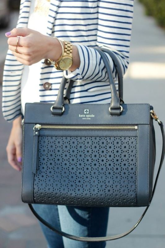 Picture Of refined and stylish structured handbags were dying over  11
