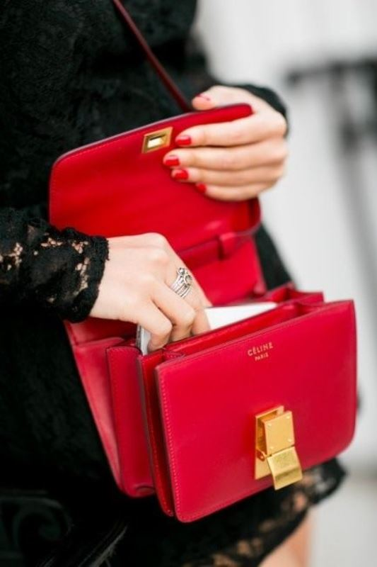 Picture Of refined and stylish structured handbags were dying over  6