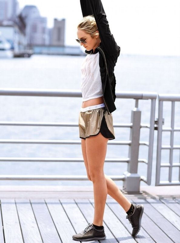 Picture Of stylish and comfy outfits ideas for running  14