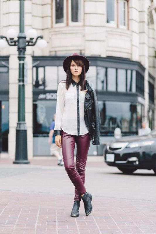 Picture Of stylish ways to wear leather pants right now  4