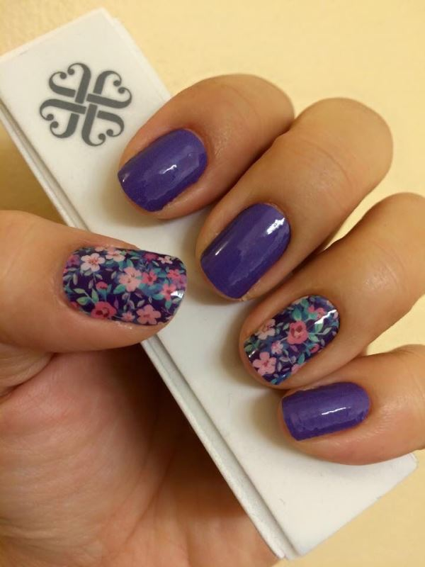 Picture Of sweet flower nail designs to try this summer  10