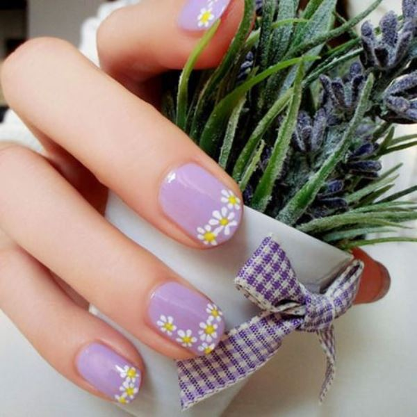 Picture Of sweet flower nail designs to try this summer  12