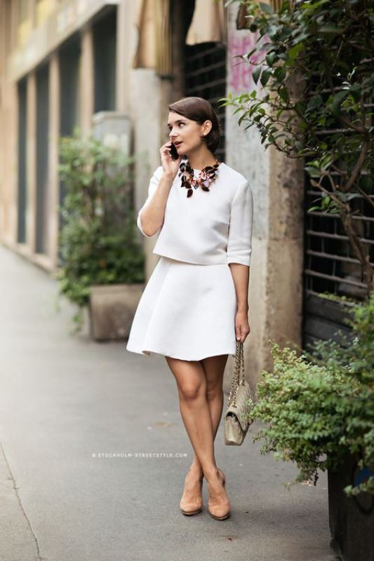 Picture Of elegant all white office appropriate outfits to copy  10