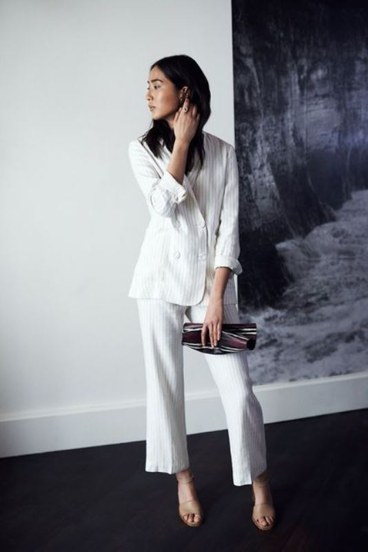 Picture Of elegant all white office appropriate outfits to copy  4