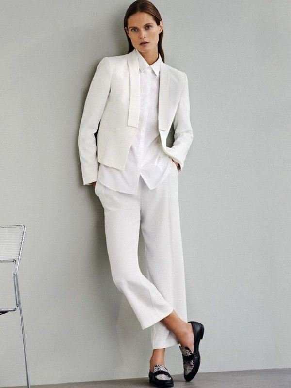 Picture Of elegant all white office appropriate outfits to copy  9
