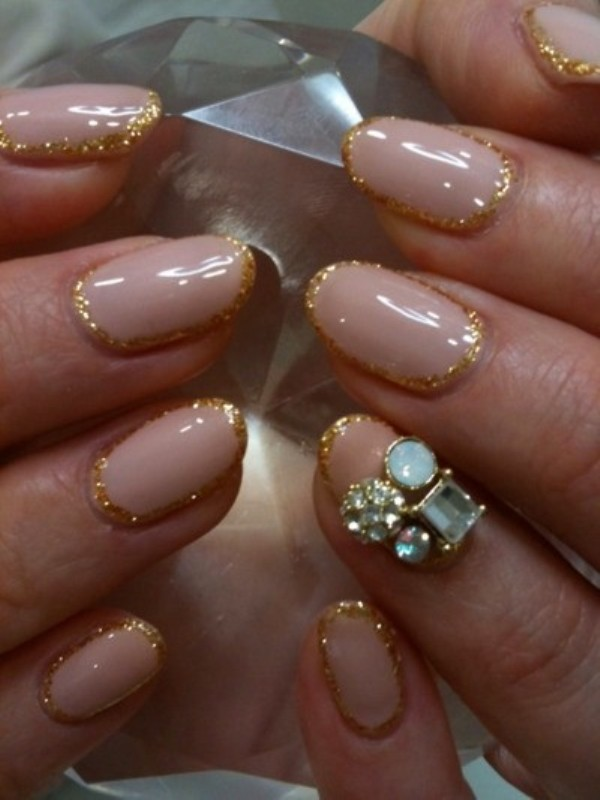 Picture Of pretty party nails ideas for this holiday season  20