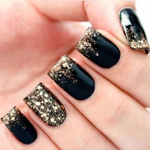 Picture Of pretty party nails ideas for this holiday season  7