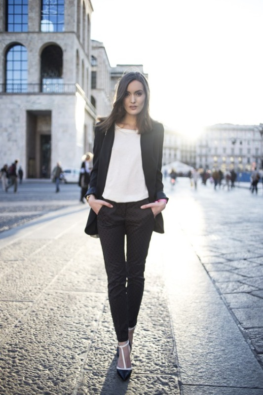 Picture Of stylish outfit ideas for a professional lunch  16