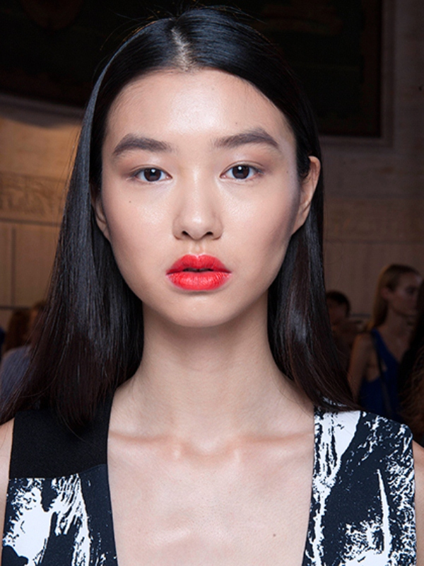 Picture Of best beauty looks from spring 2016 runways youd love to try  1