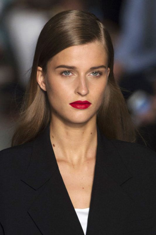 Picture Of best beauty looks from spring 2016 runways youd love to try  18