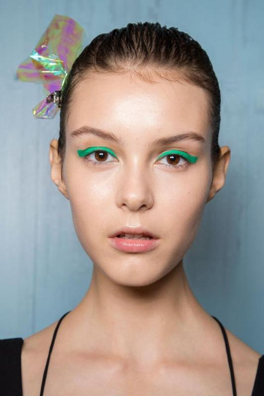 Picture Of best beauty looks from spring 2016 runways youd love to try  7