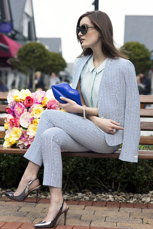 Picture Of inspiring ways to wear pastel colors this spring  18