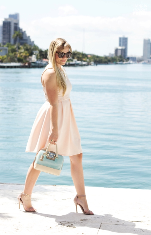 Picture Of inspiring ways to wear pastel colors this spring  23