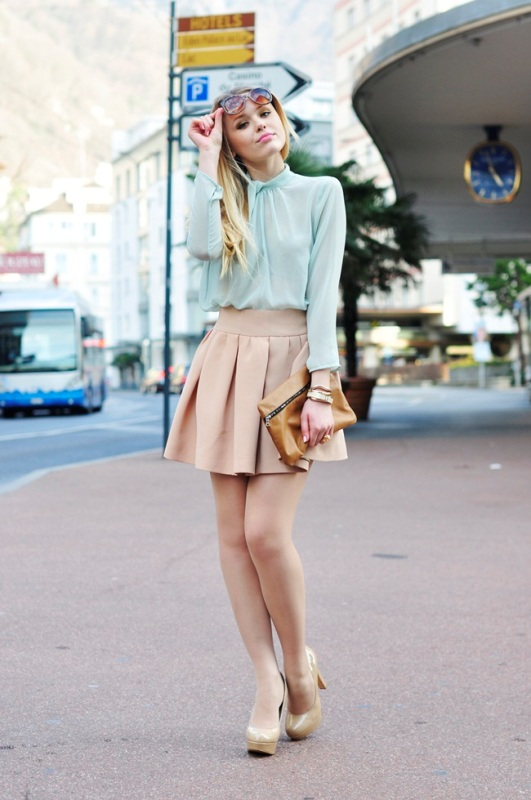 Picture Of inspiring ways to wear pastel colors this spring  5