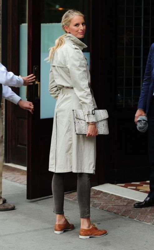 Picture Of stylish trench coats for rainy days and not only  15