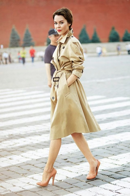 Picture Of stylish trench coats for rainy days and not only  2