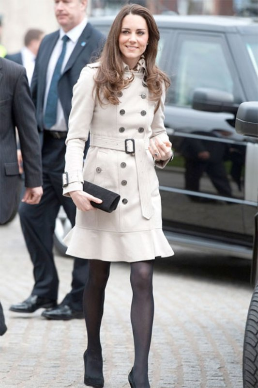 Picture Of stylish trench coats for rainy days and not only  5