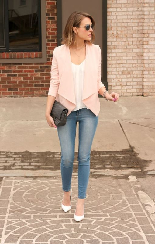 Picture Of trendy soft pink summer looks to recreate  15