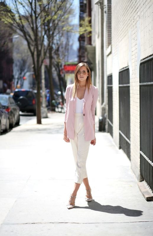 Picture Of trendy soft pink summer looks to recreate  7
