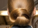23-work-hairstyles-that-are-office-appropriate-yet-not-boring-13