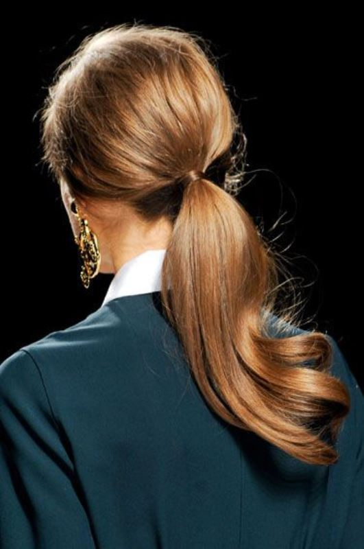 Picture Of work hairstyles that are office appropriate yet not boring  18