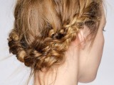 23-work-hairstyles-that-are-office-appropriate-yet-not-boring-3