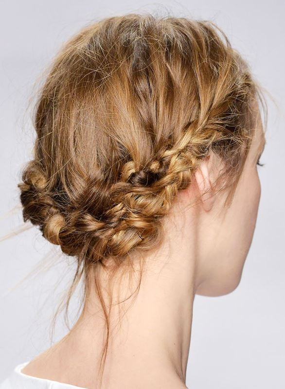 Picture Of work hairstyles that are office appropriate yet not boring  3