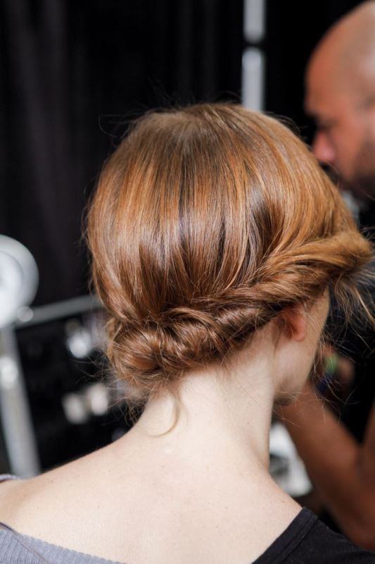 Picture Of work hairstyles that are office appropriate yet not boring  5